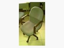 [9成新] 二手電腦椅廉售電腦桌/椅無破損有使用痕跡