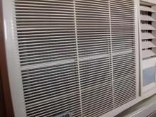 [9成新] 日昇~東元1.42噸右吹窗型冷氣窗型冷氣無破損有使用痕跡