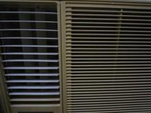 [9成新] 日昇~萬士益1.8噸左吹窗型冷氣窗型冷氣無破損有使用痕跡