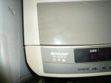 [8成新] 黃阿成~夏普10公斤洗衣機洗衣機有輕微破損