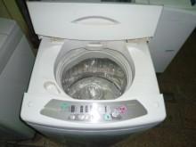 國際牌10公斤單槽洗衣機超漂亮.洗衣機有輕微破損