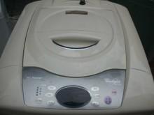 [9成新] 日昇~惠而浦12公斤單槽洗衣機洗衣機無破損有使用痕跡
