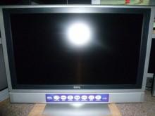 [8成新] 李太太~明碁32吋液晶色彩鮮艷電視有輕微破損