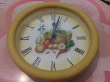 立體雕花栩栩如生飲食蔬果圖騰 @時鐘/鬧鐘有輕微破損