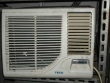 [8成新] 東元國際日立聲寶窗型冷氣機數台窗型冷氣有輕微破損