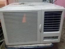 [9成新] 禾聯窗型冷氣窗型冷氣無破損有使用痕跡