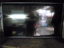[8成新] LG42吋液晶色彩鮮艷畫質清晰電視有輕微破損
