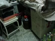 [7成新及以下] 連欣二手傢俱-L型辦公桌三抽櫃辦公桌有明顯破損