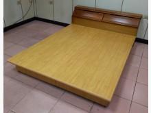 二手5尺赤楊木雙人床台 桃區免運雙人床架有明顯破損