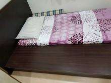 新北市二手~5*6.2尺雙人床架雙人床架無破損有使用痕跡