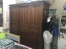 [9成新] 樟木6尺實木衣櫃衣櫃/衣櫥無破損有使用痕跡