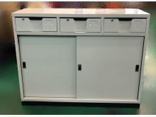 [全新] 全新中三抽屜鐵櫃 資料櫃 文件櫃辦公櫥櫃全新