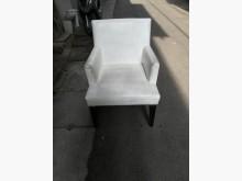 [8成新] 白色舒服餐椅餐桌有輕微破損