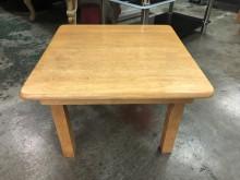 非凡 2尺折腳和室桌其它桌椅有輕微破損