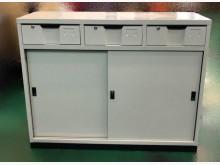 [全新] 全新中三抽屜鐵櫃辦公櫥櫃全新