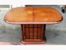 [7成新及以下] 伸縮加大方圓型餐桌 實木餐桌餐桌有明顯破損