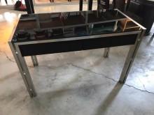 [9成新] 大慶二手家具 黑色玻璃書桌書桌/椅無破損有使用痕跡
