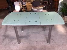 大慶二手家具造型玻璃餐桌(可展開餐桌無破損有使用痕跡