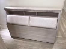 [全新] 大慶二手家具 全新雪松白五尺床頭床頭櫃全新