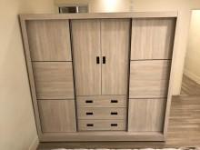 [全新] 全新七尺雪松白多功能衣櫃衣櫃/衣櫥全新