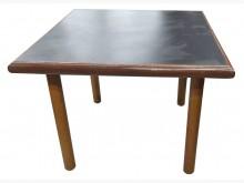 [8成新] E92104*四方餐桌*餐桌有輕微破損