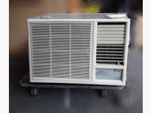 東元TECO2.5頓窗型冷氣窗型冷氣有明顯破損