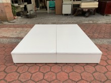 純白色標準雙人5尺加厚六分板床箱雙人床架有輕微破損