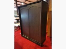 九成新胡桃五尺滑門衣櫃(附鏡)衣櫃/衣櫥近乎全新