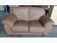 淺咖啡色半牛皮2人座沙發雙人沙發無破損有使用痕跡