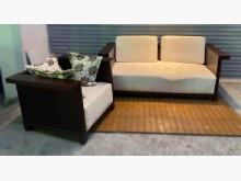 [8成新] 2+1胡桃木色布沙發木製沙發有輕微破損