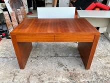 [8成新] 香榭二手家具*胡桃木4尺二抽書桌書桌/椅有輕微破損