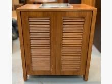 [7成新及以下] D32601*實木展示櫃*其它櫥櫃有明顯破損