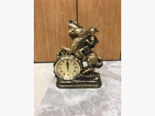 古典騎士造型時鐘(無電池蓋子)時鐘/鬧鐘無破損有使用痕跡
