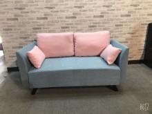 [全新] 限量淺藍配粉紅抱枕雙人布沙發雙人沙發全新