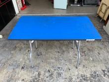 [8成新] 香榭二手家具*寶藍色4尺鐵腳書桌書桌/椅有輕微破損