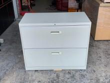 [9成新] 香榭二手家具*抽屜二層式3尺鐵櫃辦公櫥櫃無破損有使用痕跡