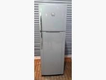 [7成新及以下] 東芝雙門320公升冰箱冰箱有明顯破損