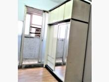 [8成新] 6呎亮麗衣櫃,給你滿滿的大衣櫃衣櫃/衣櫥有輕微破損
