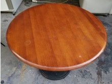 [8成新] 三合二手物流(實木洽談桌)其它桌椅有輕微破損