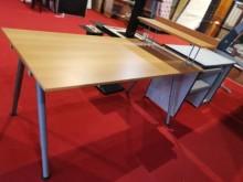 [9成新] 九成新IKEA Galant書桌書桌/椅無破損有使用痕跡