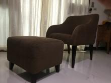 [9成新] 急賣【咖啡色單人布沙發+腳凳椅】單人沙發無破損有使用痕跡