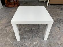 [9成新] 香榭*IKEA純白色 方形矮桌茶几無破損有使用痕跡