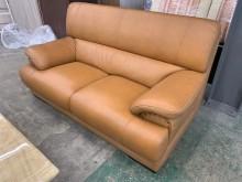 [9成新] 鉚釘風格半牛皮雙人沙發多件沙發組無破損有使用痕跡