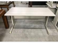 [95成新] 150cm辦公桌/電腦桌/書桌辦公桌近乎全新