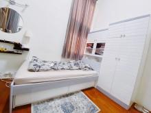 [9成新] 歐洲白色鋼琴烤漆系統家具其它家具無破損有使用痕跡