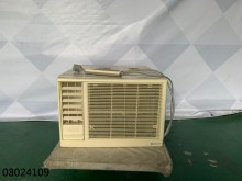 08024109 日立窗型冷氣窗型冷氣無破損有使用痕跡