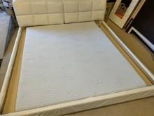 九成新夢富柔標準雙人記憶床墊雙人床墊近乎全新