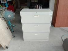 [9成新] 三抽理想櫃H03087辦公櫥櫃無破損有使用痕跡