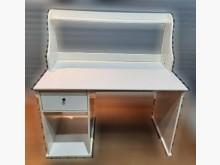 [8成新] 白色書桌書桌/椅有輕微破損