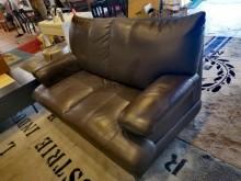[9成新] 超超值都會時尚半牛皮雙人沙發雙人沙發無破損有使用痕跡